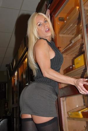 Ass In Skirt Pics